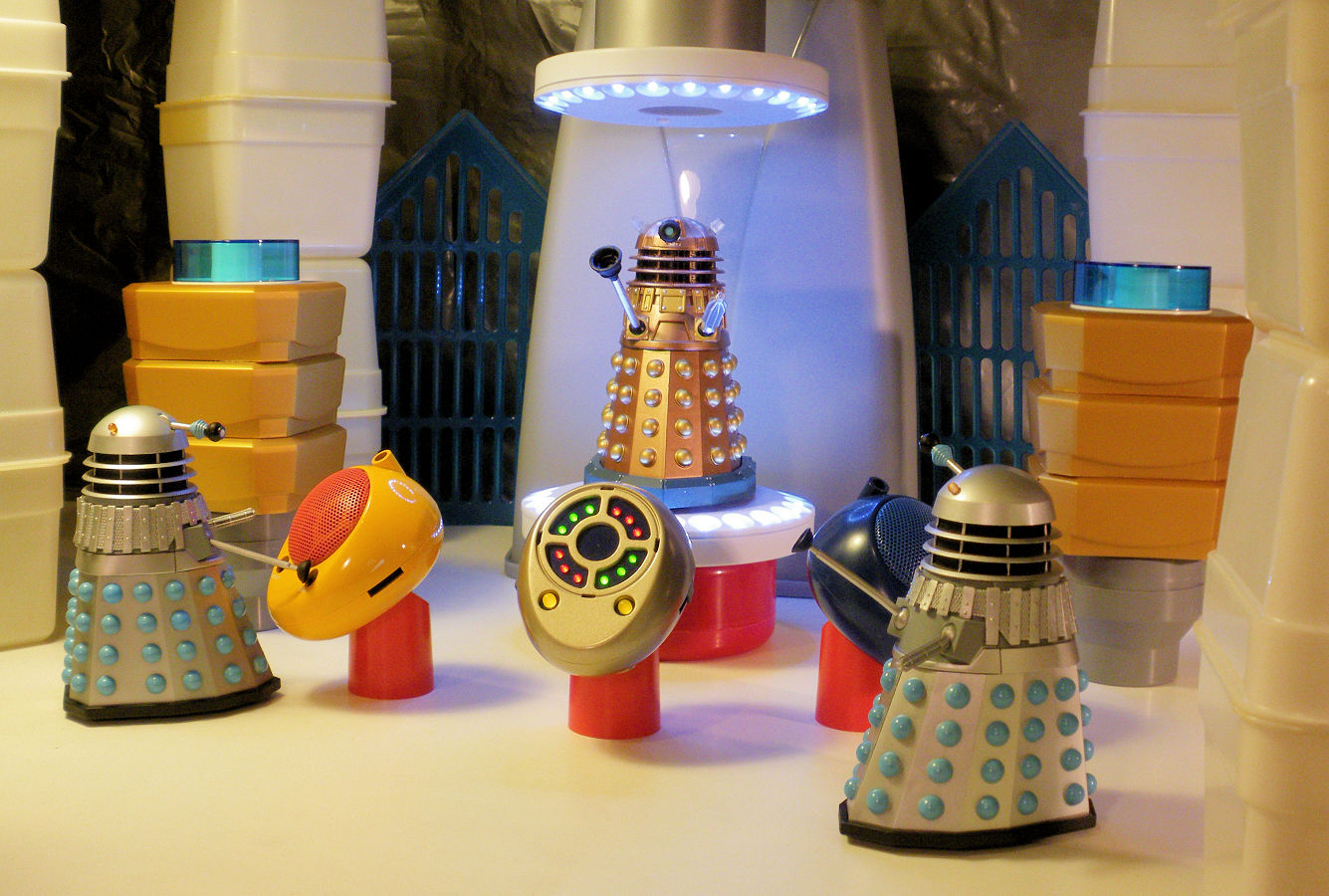 Play Toy: Dalek Tanning Salon