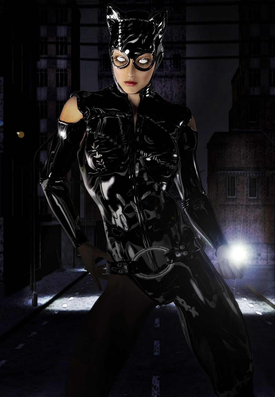 NEW CATWOMAN