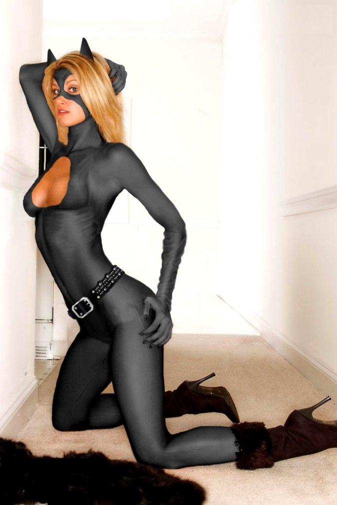 A quick catwoman pic