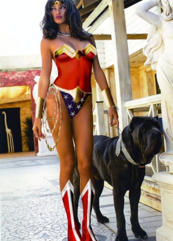 Wonderwoman dog-sitting