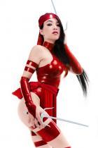 Linda Le as Elektra